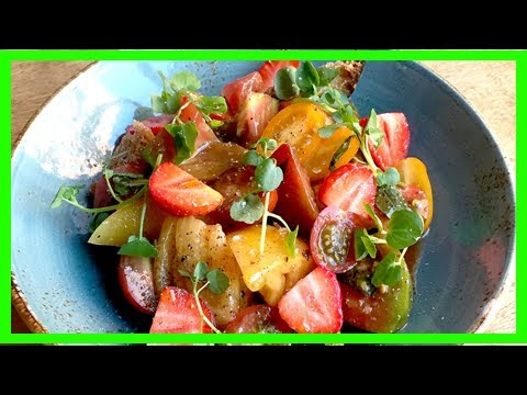 Hang onto summer with this juicy strawberry-tomato salad recipe   CNN latest news