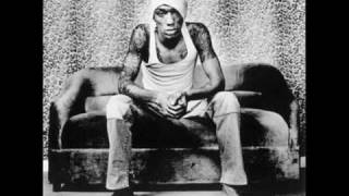 Tricky - Something In The Way (with Hawkman).wmv