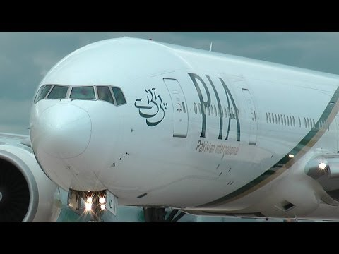 (HD) Boeing 777 - PIA - Extreme Close Up - Manchester Airport