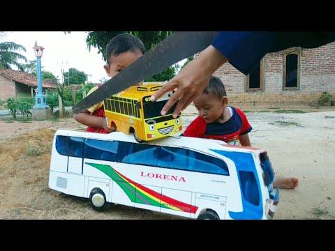 Potong Miniatur Bus Mainan Baru Milik Zafi 😱
