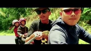 DJ Qhelfin Ft Gafar SANTAI (Ovicial video 2017)