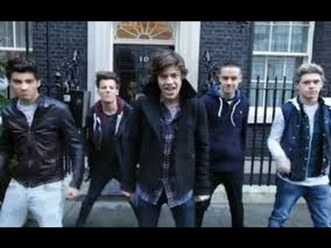 Reaction: One Direction One Way or Another (Teenage Kicks) Music Video