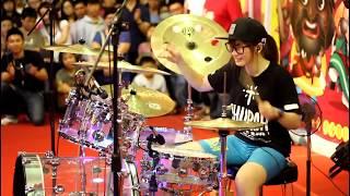 Cewek Taiwan Sexy Cantik Pintar Main Drum