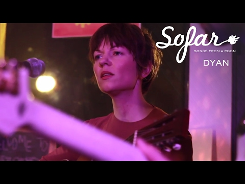 DYAN - Looking For Knives | Sofar Chicago