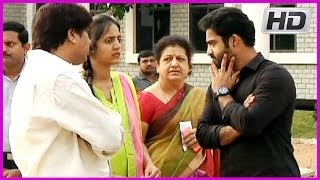 Video Junior NTR & His wife casts his vote @ Polling Booth in HYD MP3, 3GP, MP4, WEBM, AVI, FLV Maret 2019