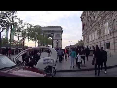 A walk in the Champs-Élysées - Parix