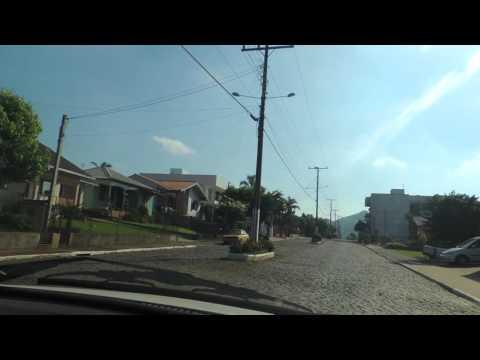 Passeio de carro em Santa Clara do Sul / RS