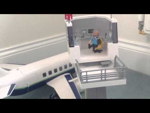 Review - Playmobil 5261 Cargo And Passenger Aircraft