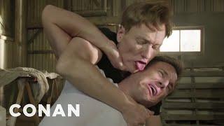 Will Arnett&Conan's MTV Kiss Fight