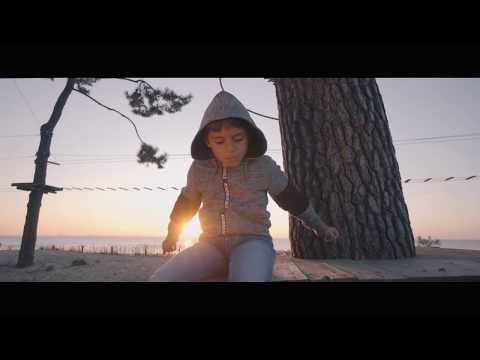 "KAMIL "" Mama ""  Clip Officiel"
