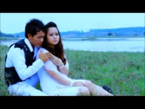 hmong new song 2013 dej ntshiab si lis & billy chang (tsis phim koj) (видео)