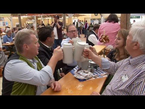 Countdown zum Oktoberfest: Wird das Bier wieder teure ...