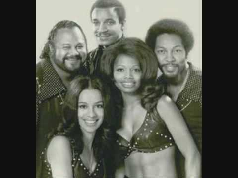 Aquarius/Let the Sunshine In (1969) (Song) by The 5th Dimension