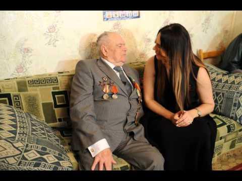 Фото: Елена Ваенга поздравила гомельского ветерана с Днём Победы