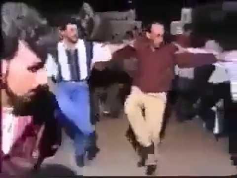 دبكه من قرية صلاخد لفرقة مدينة قنوات عام 1999