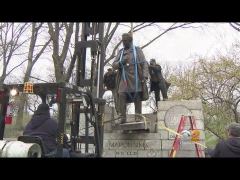 العرب اليوم - شاهد: إزالة تمثال الطبيب الأميركي المُثير للجدل