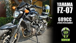 7. Yamaha FZ-07 Prueba/ Review || ¡Es súper divertida!