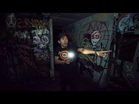 Exploring DEAD Man's Castle... (Most Haunted Place) (видео)