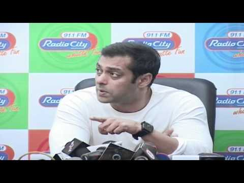 Video Salman Khan Hates To Do Movie Promotion download in MP3, 3GP, MP4, WEBM, AVI, FLV January 2017