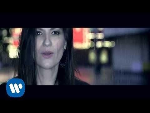 Se Fue - Laura Pausini (Video)