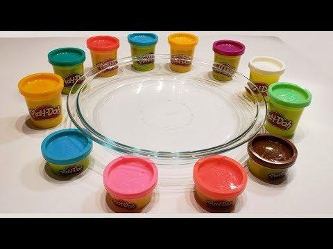 Mezclando Slime con play doh