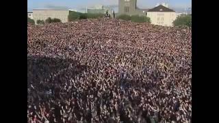 Video Dasyattt !!! Bobotoh Luar Negri getarkan seluruh kota saat ULTAH PERSIB Bandung. MP3, 3GP, MP4, WEBM, AVI, FLV September 2018