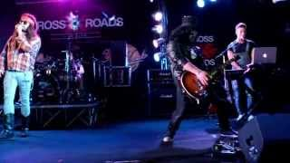LOCOMOTIVE - Guns N Roses Tribute Band - Don't Cry Live