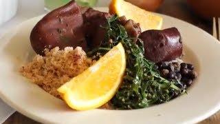 Feijoada brésilienne (ragoût de viande et de haricots noirs)