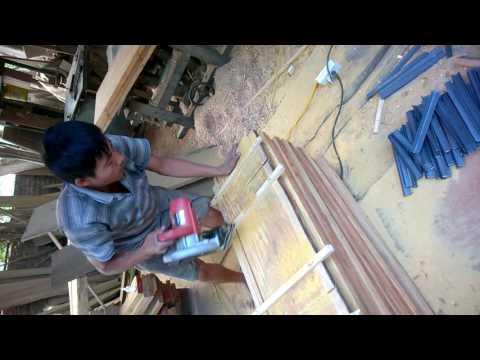 Thi công bậc cầu thang gỗ lim chuyên nghiệp