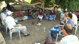 مهندسين زراعيين من قطاع غزة يزورون مزرعة حاكورتنا