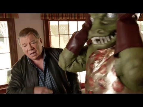 Shatner - Check out the new and very funny trailer for Star Trek The Video Game featuring the great William Shatner ! Join us on Facebook http://FB.com/GameNewsOfficia...