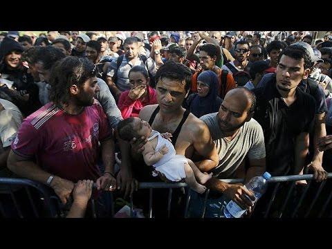 Κροατία: Ένταση στο Τοβάρνικ από εκατοντάδες μετανάστες που διέσχισαν μαζικά τα σύνορα