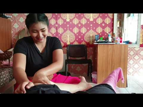 $6 Thai Foot Massage From A Cute 20 Year Old Girl In Pattaya --  Nothing More To See Here.
