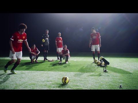 Manchester United Crossbar Challenge 2015!