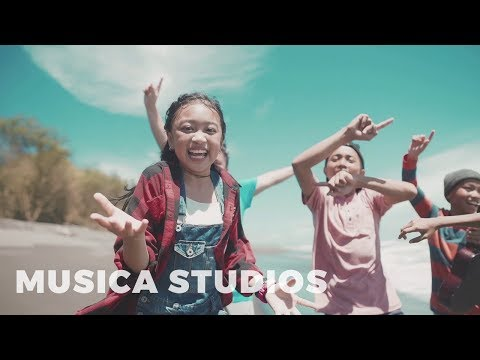Video Zara Leola - Liburan (OST. Petualangan Menangkap Petir) | Teaser download in MP3, 3GP, MP4, WEBM, AVI, FLV January 2017