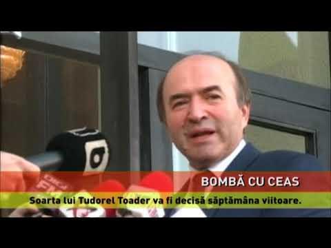 Votul pe moțiunea împotriva lui Tudorel Toader, amânat