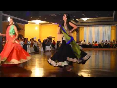 Arpan's Mehndi Dance - Shreya and Shivani