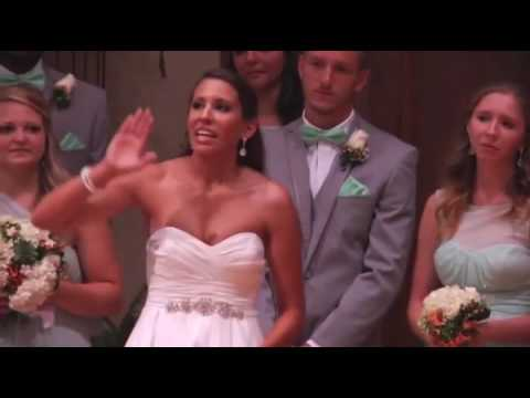 Bride Walks Away From Fiancé During The Wedding Ceremony  Now Keep Your Eye On Her Hands