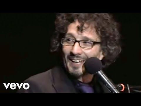 Fito Paez - Al Lado Del Camino (Official Video)