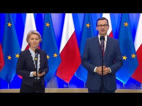 Στην Πολωνία η Φον Ντερ Λάιεν