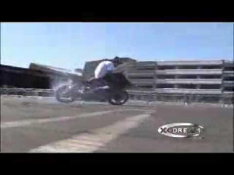 Motorcycle Mayhem 2006 Ryan Moore killin the 450 Supermoto  **The Supermoto Stunt Man**