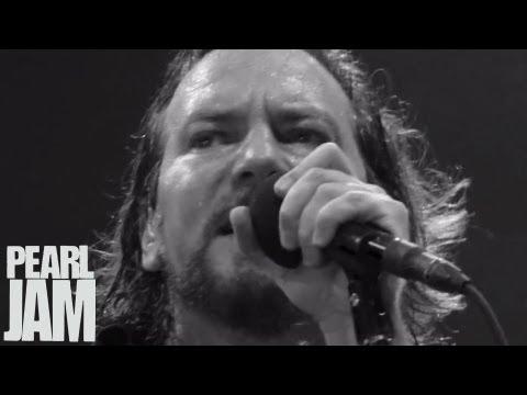 Join Pearl Jam. Help Flint.
