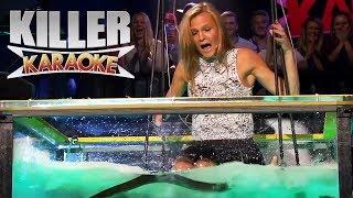 Killer Karaoke | Livredd blondine synger