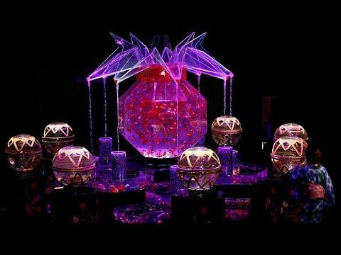 Ενυδρείο τέχνης με 8000 χρυσόψαρα