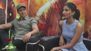 Exclusive Interview with Hrithik Roshan and Pooja Hegde
