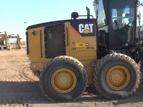 CATERPILLAR MOTOR GRADERS 12M equipment video 0BRojsMa-xY
