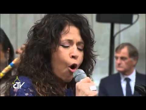 Patricia Sosa - Misa Criolla (Canta en el Vaticano)