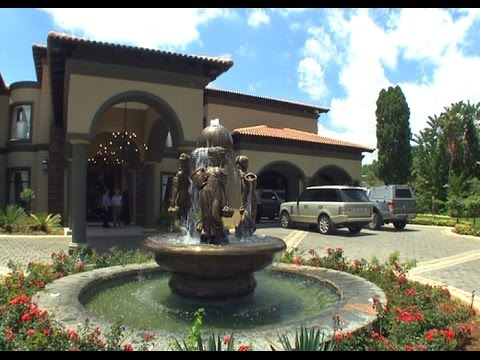 Top Billing visits an Italian inspired mansion