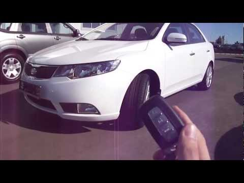 2011 Kia Cerato. Start Up, Engine, and In Depth Tour.