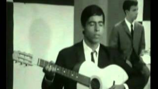 Un istikhbar de Cheikh Hsissen Saadi dans un enregistrement de la classe de El Hadj M'hamed El anka réalisé en 1967 par Abdelghan Mehdaoui.